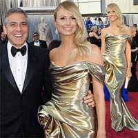 George Clooney quấn quýt bồ tại Oscar 2012