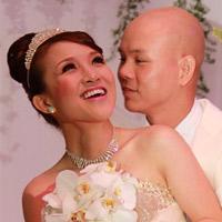 Vợ Phan Đình Tùng hát hay ngang ngửa chồng!