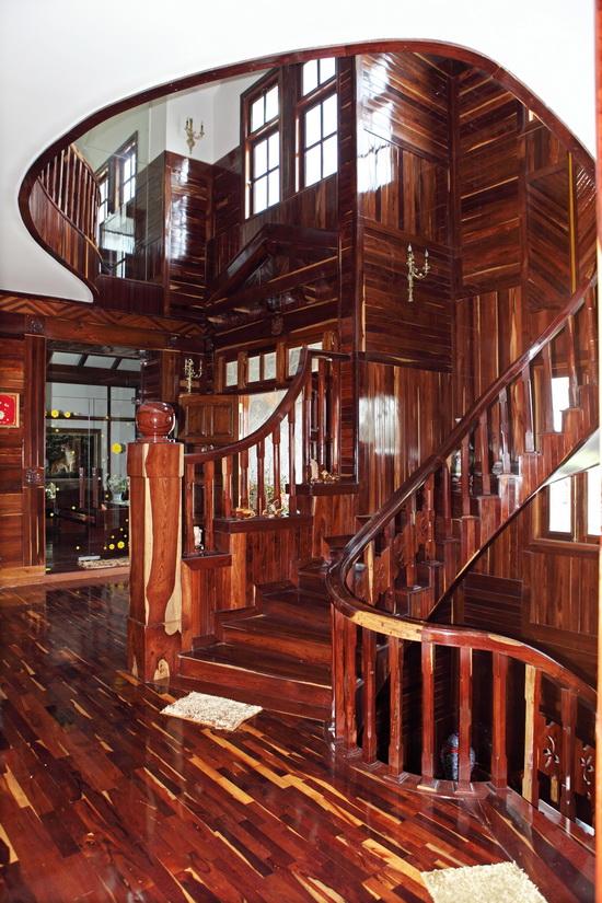 Choáng và... thèm biệt thự gỗ của Hoàng Mập - 16