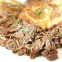 Đầu tuần, đãi cả nhà thịt bò hầm khoai tây