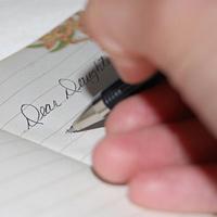 Bức thư cảm động của ông bố gửi con gái phá thai