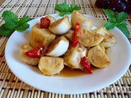 Ngon cơm với cà dầm tôm chua Huế