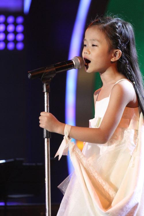 """Thanh Trúc """"cứu"""" đêm bán kết 3 VN's Got Talent - 1"""