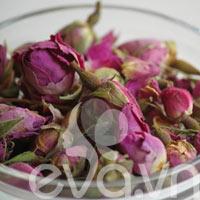 Nhật ký Hana: Chế nước hoa hồng thiên nhiên