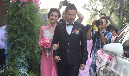 vbiz 2012: dam cuoi nhieu hon chia tay - 8