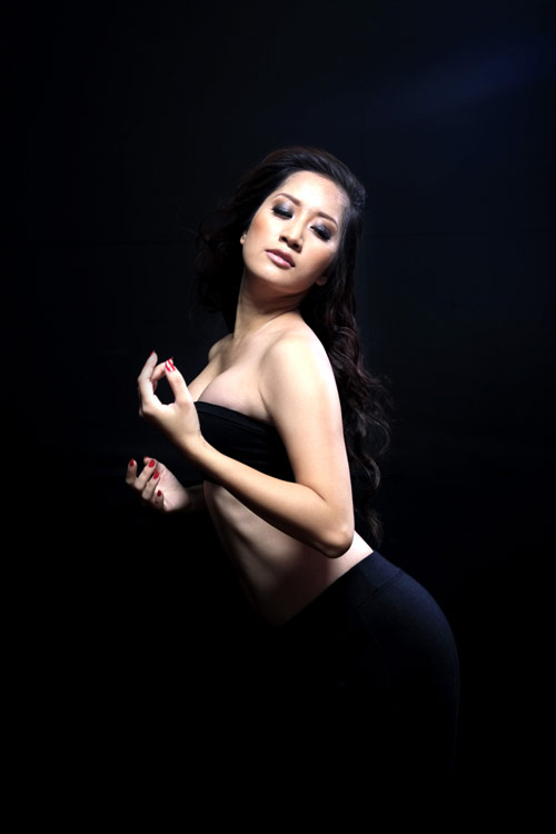 khanh thi - chi anh: tinh cu hoi ngo - 2