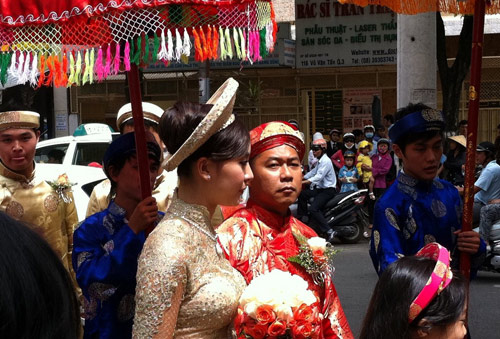 thien ly hanh phuc vi lay chong lon tuoi - 6
