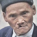 Tin tức - Cụ ông 90 tuổi người dân tộc Tày biết 5 thứ tiếng