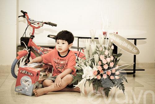 a hau thu huong mung con trai lon khon - 10