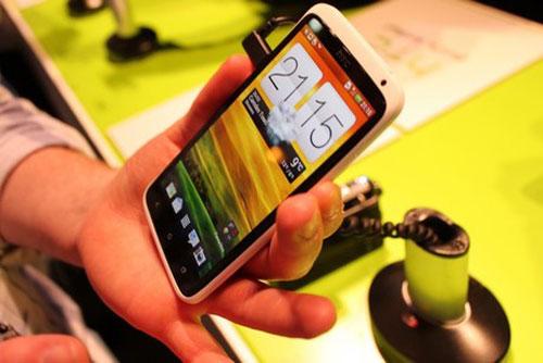 smartphone loi tu co the giam gia manh - 1