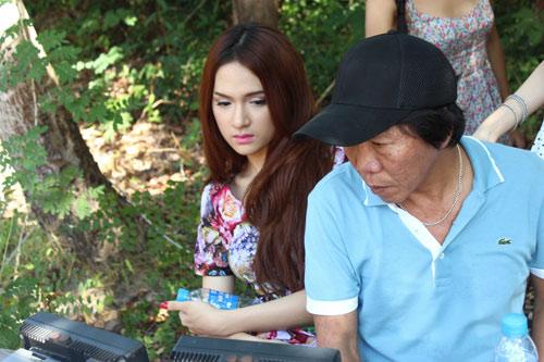 giam khao giup thi sinh tro thanh idol - 12