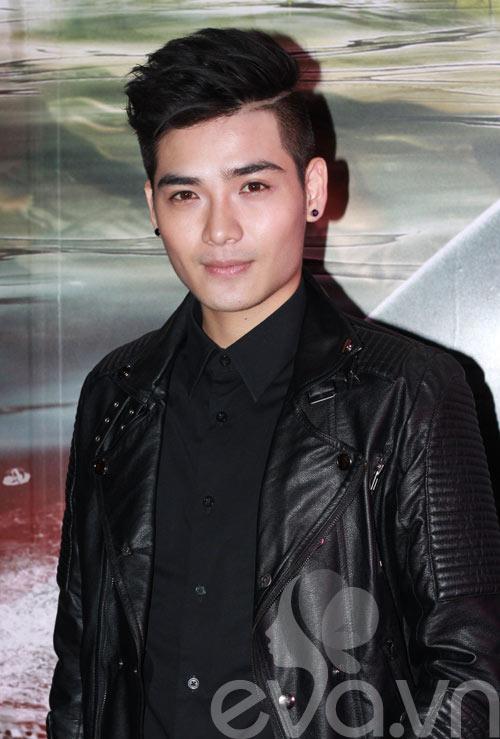 "huong giang idol tinh tu ben ""ban trai tin don"" - 13"