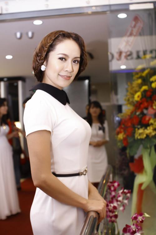 thanh thuy lan dau dien kich cho event - 9