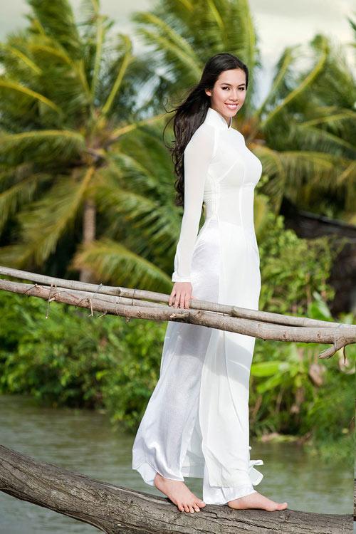 10 mỹ nhân mặc áo dài đẹp nhất showbiz-6