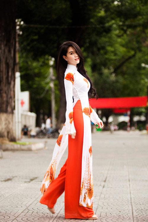 10 my nhan mac ao dai dep nhat showbiz - 10