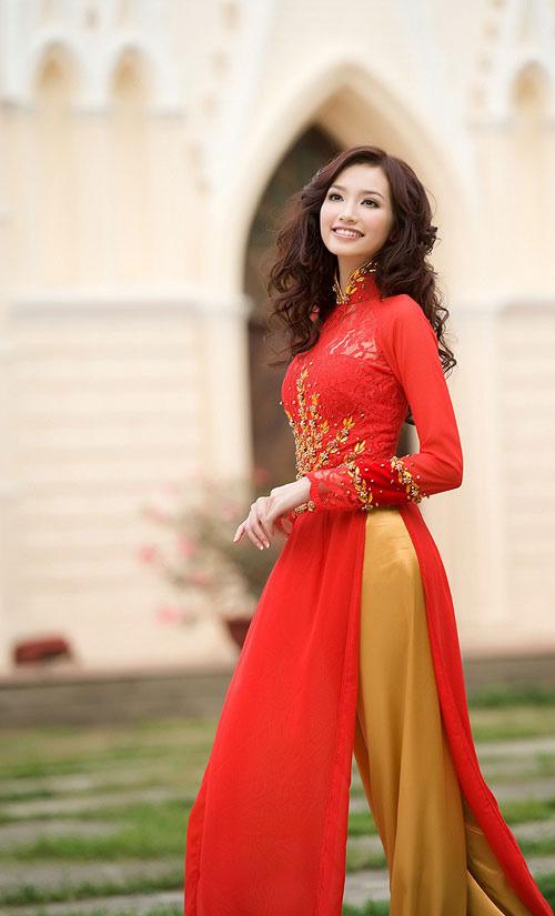 10 my nhan mac ao dai dep nhat showbiz - 12
