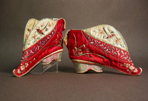 10 kiểu giày kỳ quái trong lịch sử thời trang-16