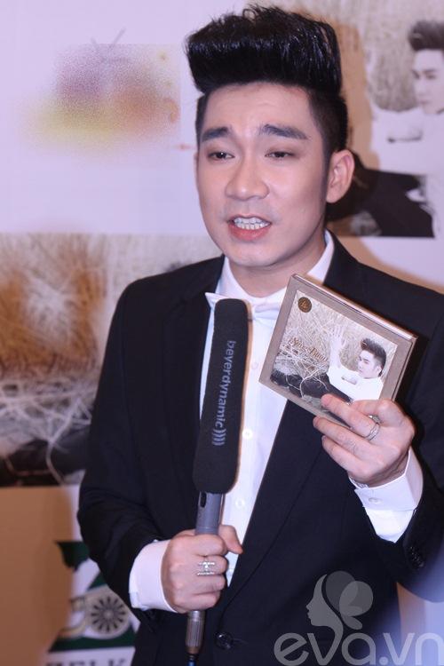 """duong yen ngoc dang """"ngau"""" mung quang ha - 4"""