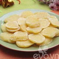 Mứt khoai tây cùng đón Tết