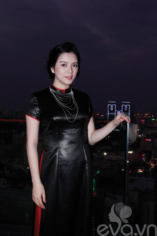 ly nha ky lam dai su ao dai vo viet chung - 14
