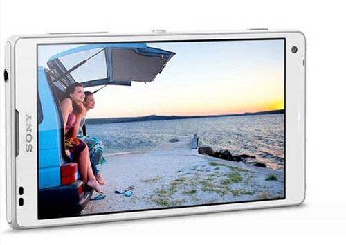 5 smartphone 'khủng' sẽ về VN đầu năm 2013-3