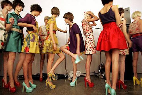 Lịch sử thăng trầm của đôi giày cao gót-15