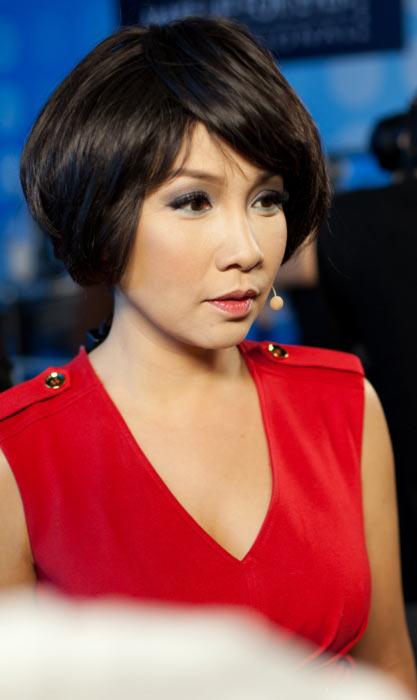 """Phương Thanh """"siêu"""" xì tin khi hóa bé Xuân Mai-12"""