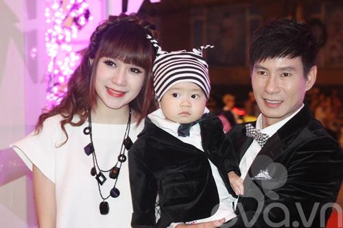 Bảo Sơn - Ngọc Ánh hạnh phúc bên con gái-5