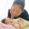 Làm mẹ - Chổng mông khi ngủ: Bé bị bệnh gì?