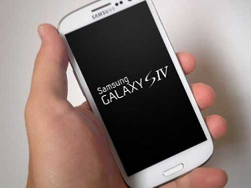 samsung tu tin galaxy s4 se vuot mat iphone - 1