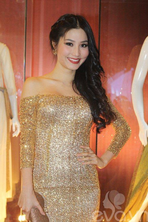 "dan ""my nhan ke"" khoe sac nuoc huong troi - 5"