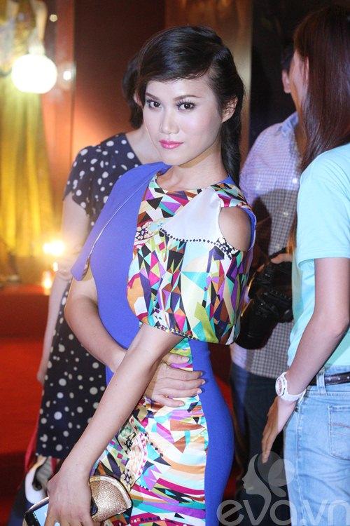"dan ""my nhan ke"" khoe sac nuoc huong troi - 7"