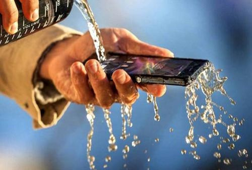 du doan 10 smartphone 'bom tan' cua nam 2013 - 5