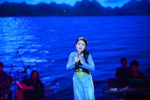 anna truong dot nong san khau thu do - 11