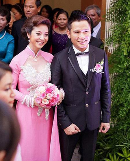 nhung sao nu hanh phuc nhat nam 2012 - 2