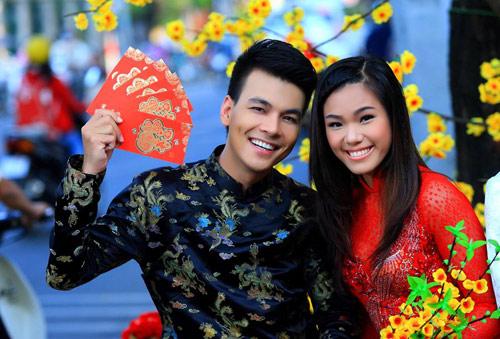 phuong vy dao pho tet cung 'my nam' - 1