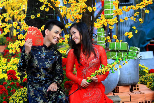 phuong vy dao pho tet cung 'my nam' - 2