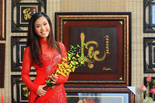 phuong vy dao pho tet cung 'my nam' - 7