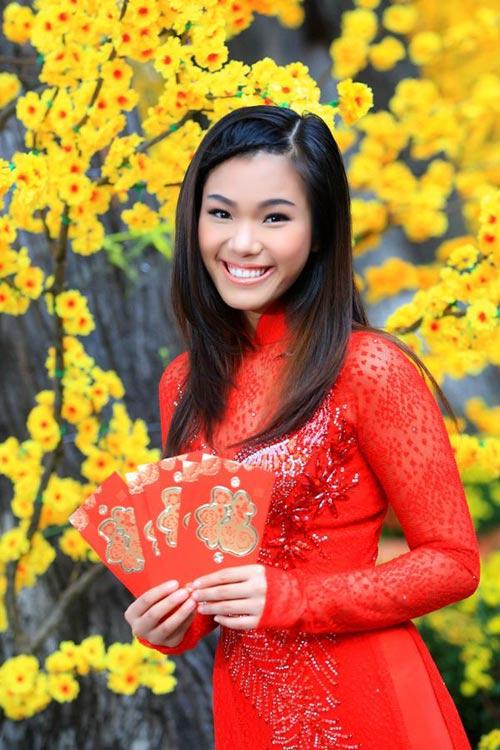 phuong vy dao pho tet cung 'my nam' - 9