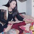 Làng sao - Trà Ngọc Hằng đến thăm nghệ nhân hát xẩm