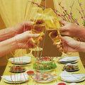 Sức khỏe - Mẹo uống rượu bia lâu say, chóng tỉnh
