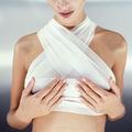 Làm đẹp - Các biến chứng do tiêm silicone lỏng vùng vú