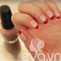 Làm đẹp - Video: 1 phút vẽ nail Valentine ấn tượng