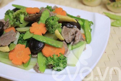 Tươi ngon với thịt bò xào rau củ - 8