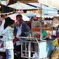 Mua sắm - Giá cả - Bất an thực phẩm đường phố mùa lễ hội