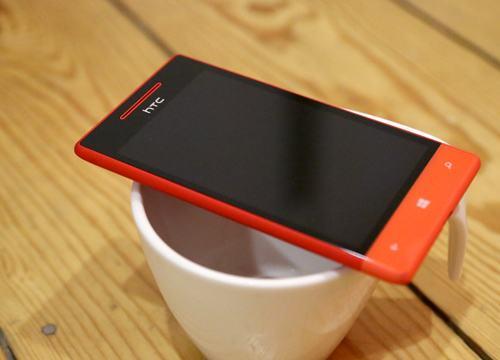 5 doi thu sang gia cua nokia lumia 620 - 3