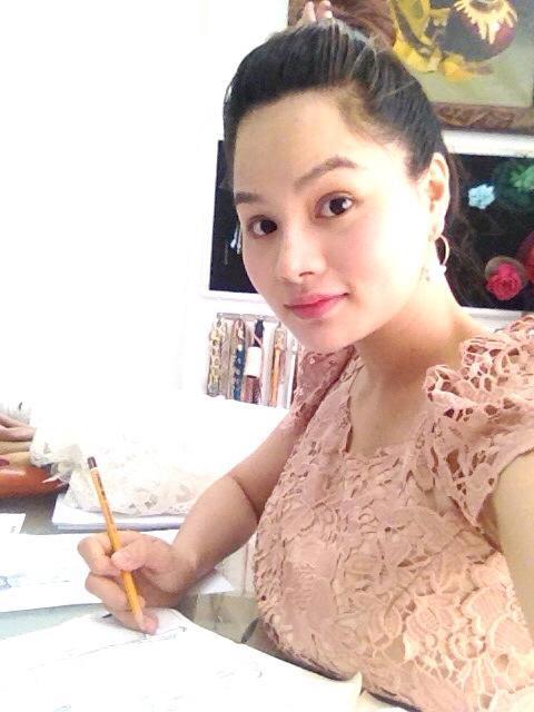 vu thu phuong co bau van cham chi lam viec - 7