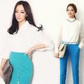 Thời trang - Mê mẩn mix áo trắng với đồ màu mè