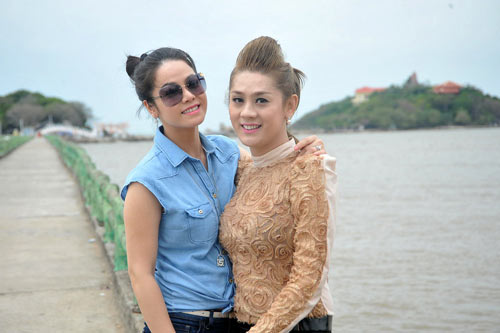 ban trai om eo lam chi khanh day tinh cam - 9