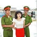 Làng sao - DV hài Việt Hương bị công an bắt